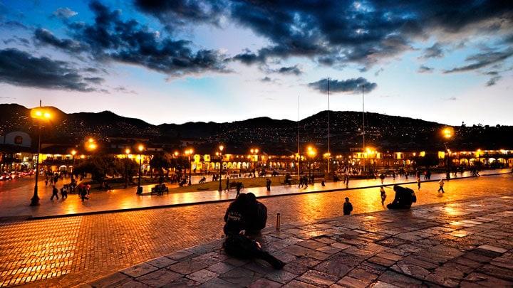 Cusco-gece-isikli