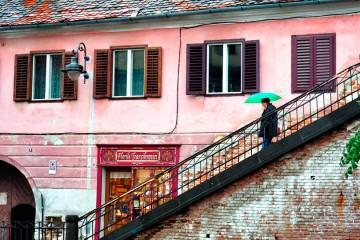 Sibiu-merdivenler-romanya