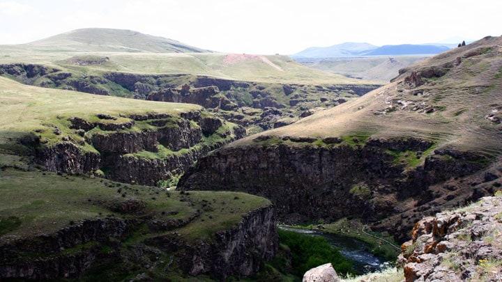 arpaçay-kanyon-aras-kars-ani