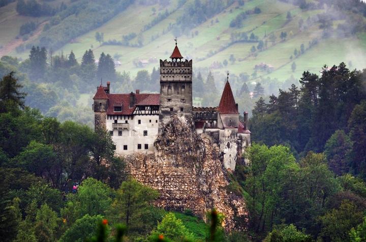 bran-castle-dracula