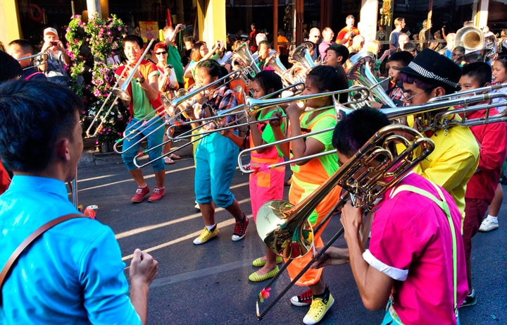 chiang-mai-cicek-festivali-bando