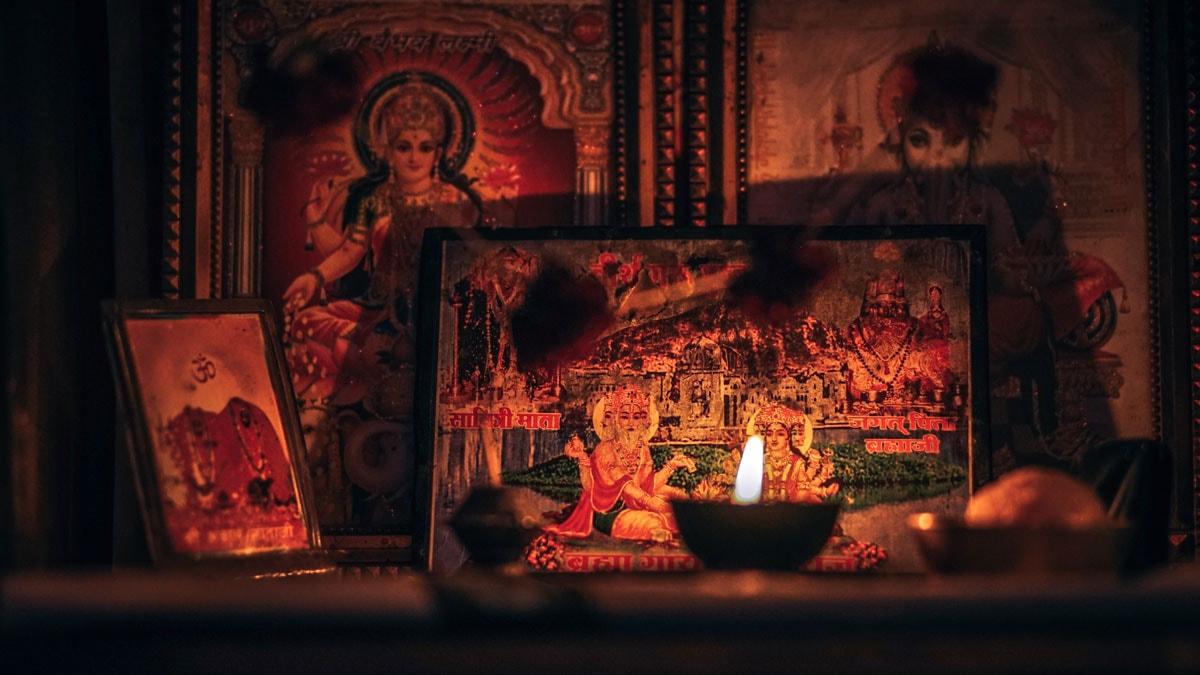 Hindistanda Din Hinduizm Nedir Neye Inanirlar Biz Evde Yokuz