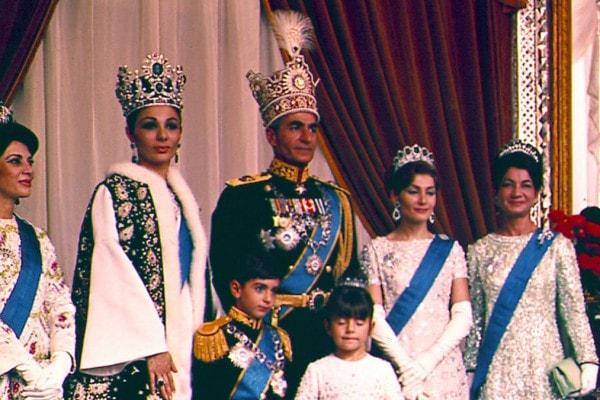 kraliyet-mucevher-tahran