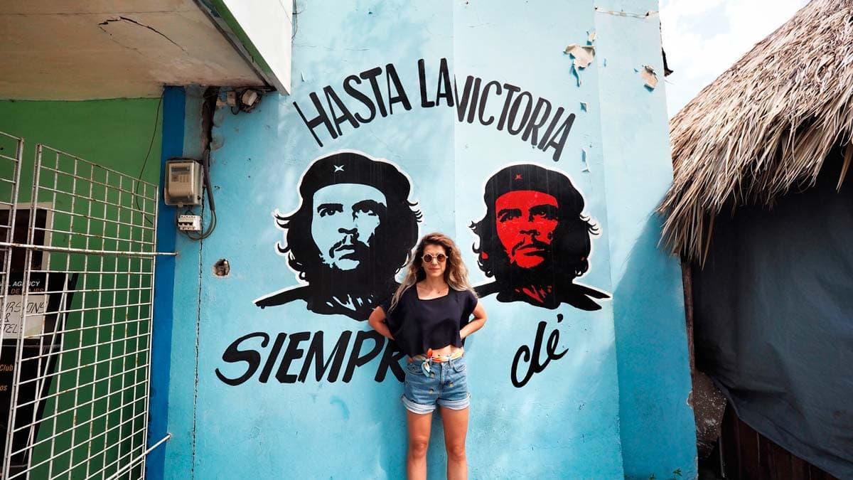 Che mural in Cuba