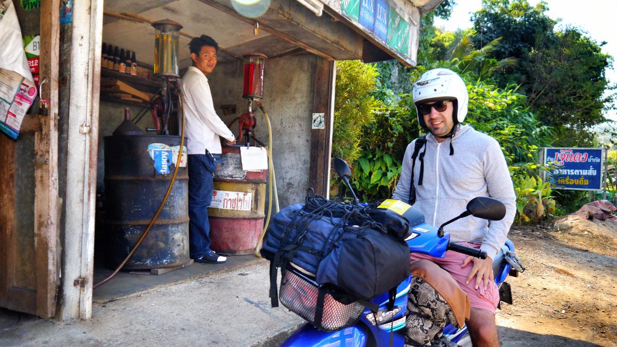 mae-hong-son-petrol-1