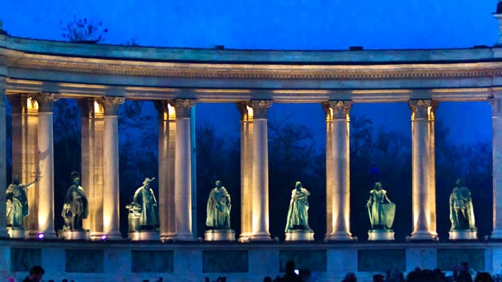 Heroes Square- kahramanlar-meydani-budapeste-heroes-square