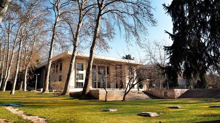 tahran-niavaran-sarayi