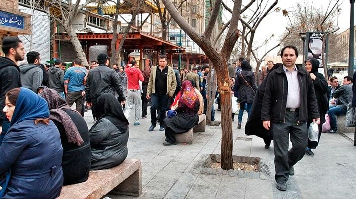 tahran-sokak-insanlar