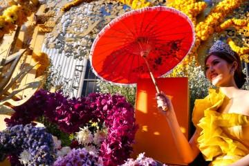 tayland-chiang-mai-flower-festival-float